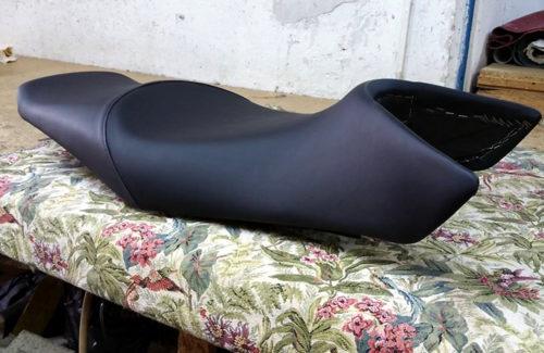 tapizado-asiento-de-motos-en-pamplona-tapiceria-2
