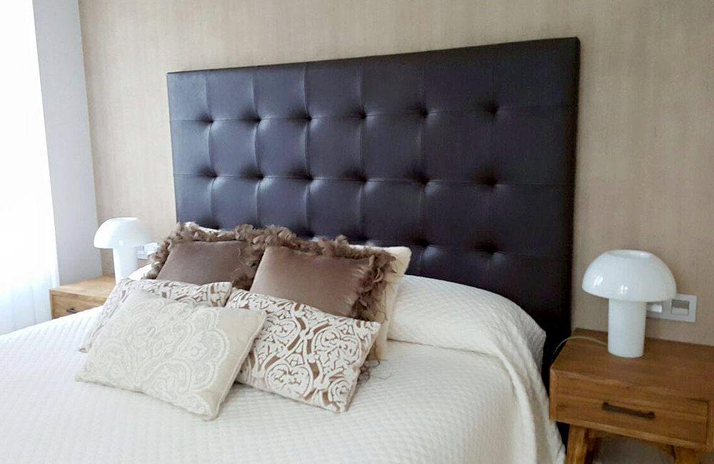 Cabezal capitone en polipiel tapiceria gayarre - Cabezal de cama tapizado ...